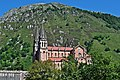 Basílica de Sta.Mª la Real de Covadonga - panoramio.jpg
