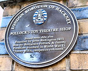 Benjamin Pollock's Toy Shop - Plaque marking the location of Pollock's on Hoxton Street