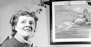 Beryl Irving 1953 550.jpg