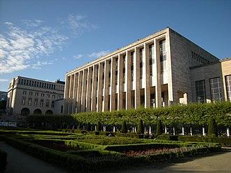 Royal Library of Belgium - Image: Biblioteca (3488823796)
