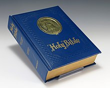 Photo d'un exemplaire de la Bible.