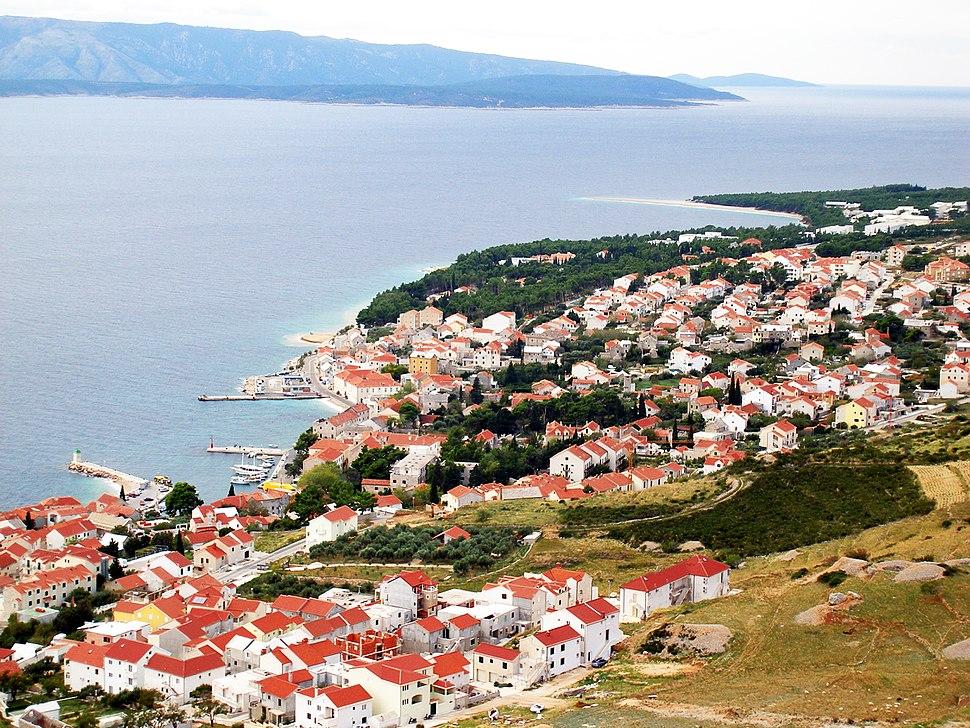 Panoramic view of Bol.