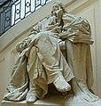 Bordeaux, Statue de Montesquieu à la Faculté de droit.JPG