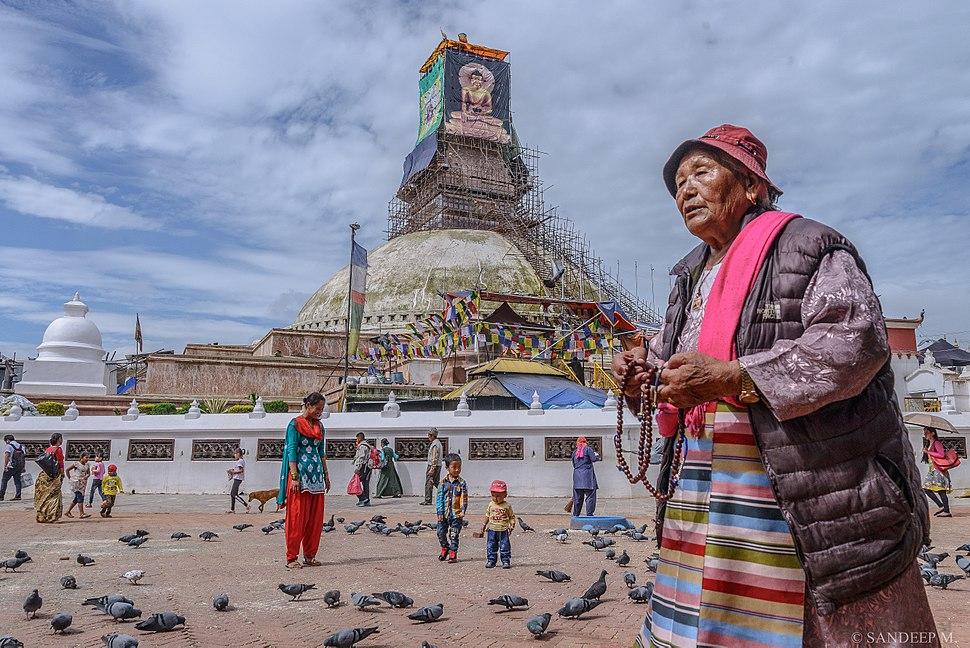 Bouddha and Devotee