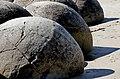 Boulders at Moeraki. (12301647934).jpg