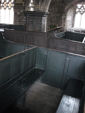 Box pew - Image: Box pews with pulpit Holy Trinity York
