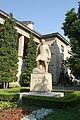 Braşov - Andrei Muresanu statue.jpg