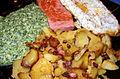 Bratkartoffeln mit Spinat, Fleischkäse, Spiegelei.jpg