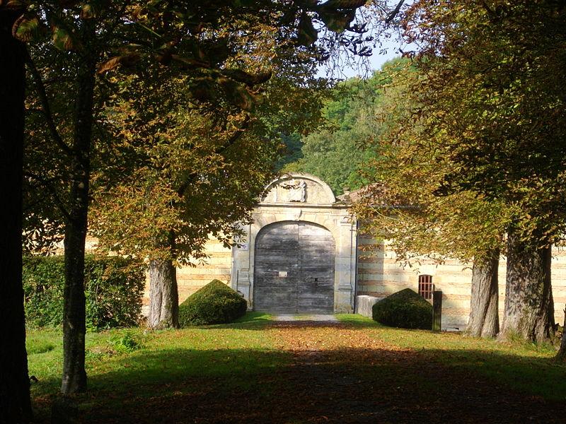 Castle of Braux-Sainte-Cohière (Marne, France), gate