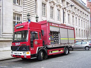 London Fire Brigade appliances - A breathing apparatus tender that was in service with the LFB from 1994 to 2007.