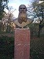 Budapest14-Lev-Tolsztoj-szobor.jpg