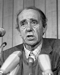 Хайнрих Бьол в Бон през 1981 г.
