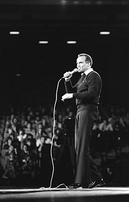 Bundesarchiv Bild 183-1983-1025-052, Berlin, Konzert mit Harry Belfonte