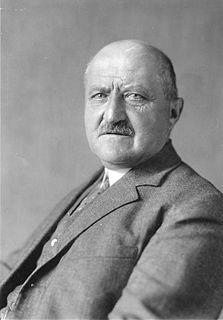 Georg Michaelis German civil servant and chancellor