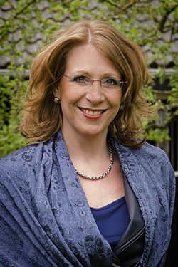 Burgemeester CarlaBreuer.jpg
