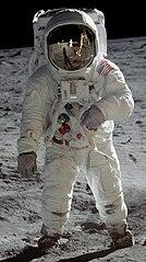 134px-Buzz_Aldrin_Apollo_Spacesuit.jpg