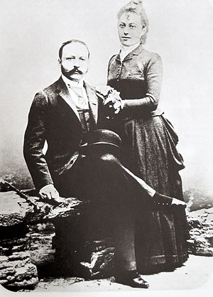 César Ritz - Ritz with wife Marie-Louise in 1888. They had two sons.