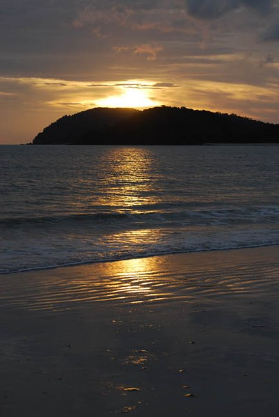 File:CENANG SUNSET 14 0172.jpg