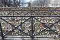 Cadenas amour Pont Neuf Paris 3.jpg