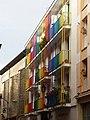 Calle Pintoreria, balcones pintados.jpg