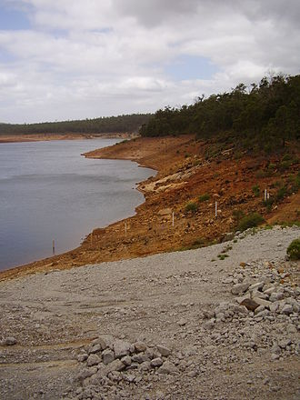 Water supply and sanitation in Australia - Canning Dam, one of Perth's major dams, at 34.4% of capacity