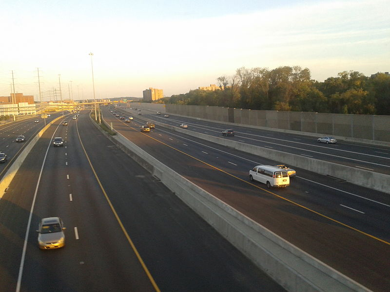 Capital Beltway from Metro bridge.jpg