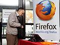 Capitole du libre 2012 - Stand Mozilla, Goodies, et public.jpg