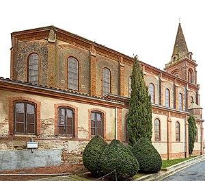 Caraman, Haute-Garonne - Image: Caraman l'église Saint Pierre