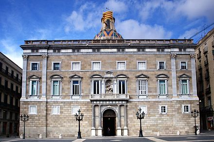Palau de la Generalitat de Catalunya , Barcelona, seat of the Government and the Presidency of Catalonia Casa generalitat web.jpg