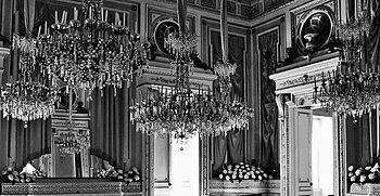 Castello ducale , sala degli specchi.JPG