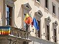 Catanzaro - Palazzo De Nobili bandiere.jpg