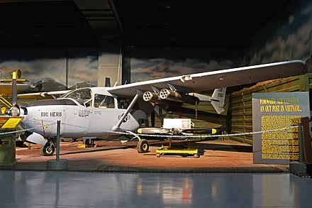 Cessna O-2 Skymaster - Wikiwand