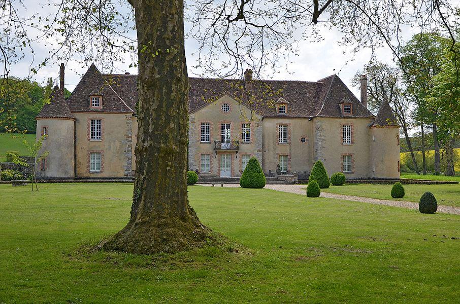 Chateau de Bois-le-Roi à Nailly, Yonne, France