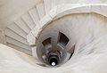 Chateau Maulnes escalier central puits.jpg