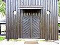 Cieszowa - wejście do kościoła. - panoramio.jpg