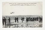 """Circuit de l'Est - Champ d'Aviation d'Issy-les-Moulineaux de Weymann sur biplan """"Henri Farman"""" (7843391198).jpg"""