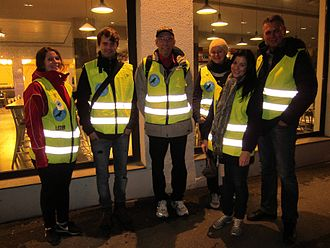 Natteravnene - Concerned citizens on patrol in Oslo, a late Friday afternoon