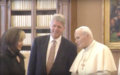 Clintons meet pope in 1994 F.png