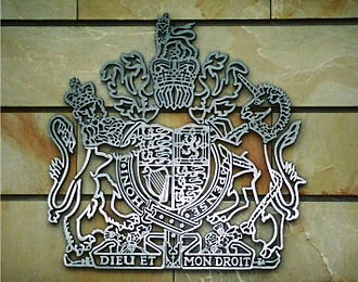 Embassy of the United Kingdom, Berlin - Coat of arms
