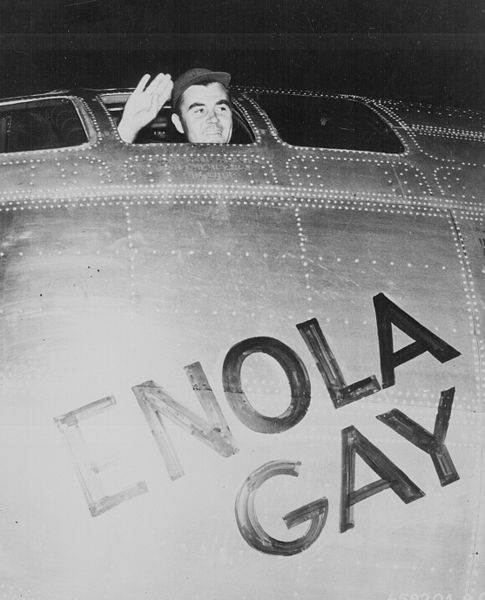 File:Col Paul W. Tibbets before takeoff 6 August 1945.jpg