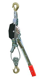Come-along hand operated winch