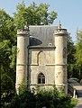 Coye-la-Forêt (60), château de la Reine Blanche, vue depuis le sud.jpg