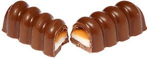 Creme Egg Twisted - A Creme Egg Twisted split