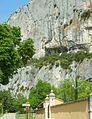 Détail de la falaise de Lioux.JPG