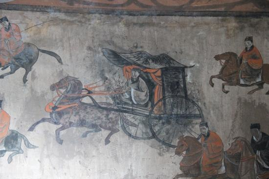 Dahuting Tomb mural, cavalry and chariots, Eastern Han