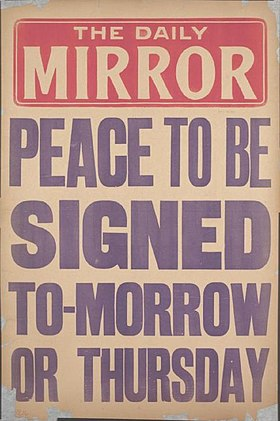 Daily Mirror placard peace to be signed June 1919.jpg