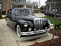 Daimler DR450 Majestic Major Limousine Front End.jpg