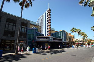 Hollywood Land - Image: Dca animation building exterior