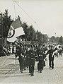 De groep van de Politie Sport Vereniging Arnhem onder leiding van de heer P. Bee – F40771 – KNBLO.jpg