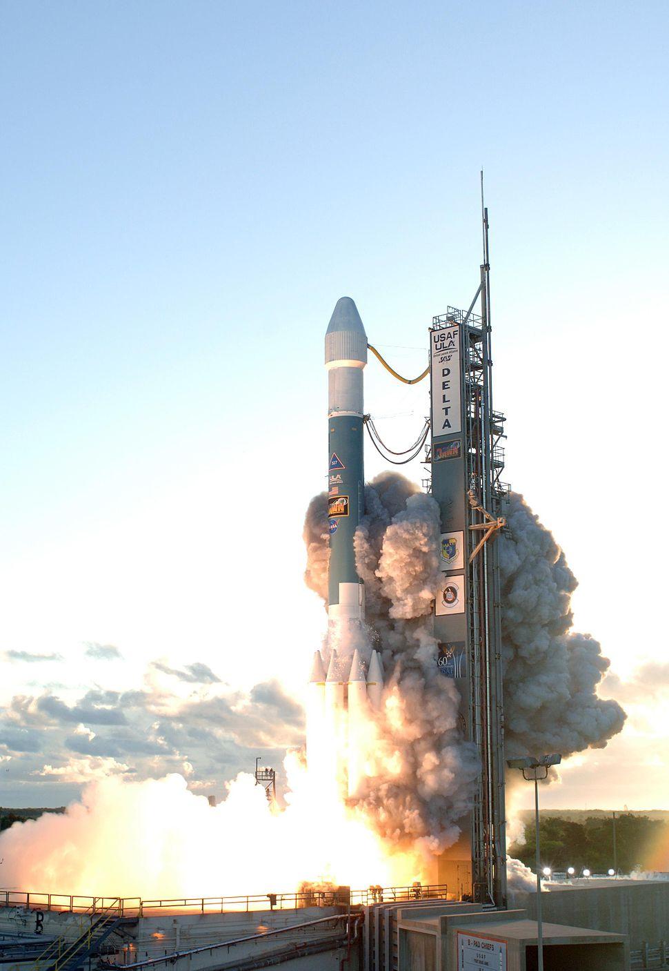 Delta II Dawn liftoff 1